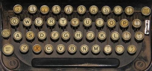 op_typewriter_keyboard_sm